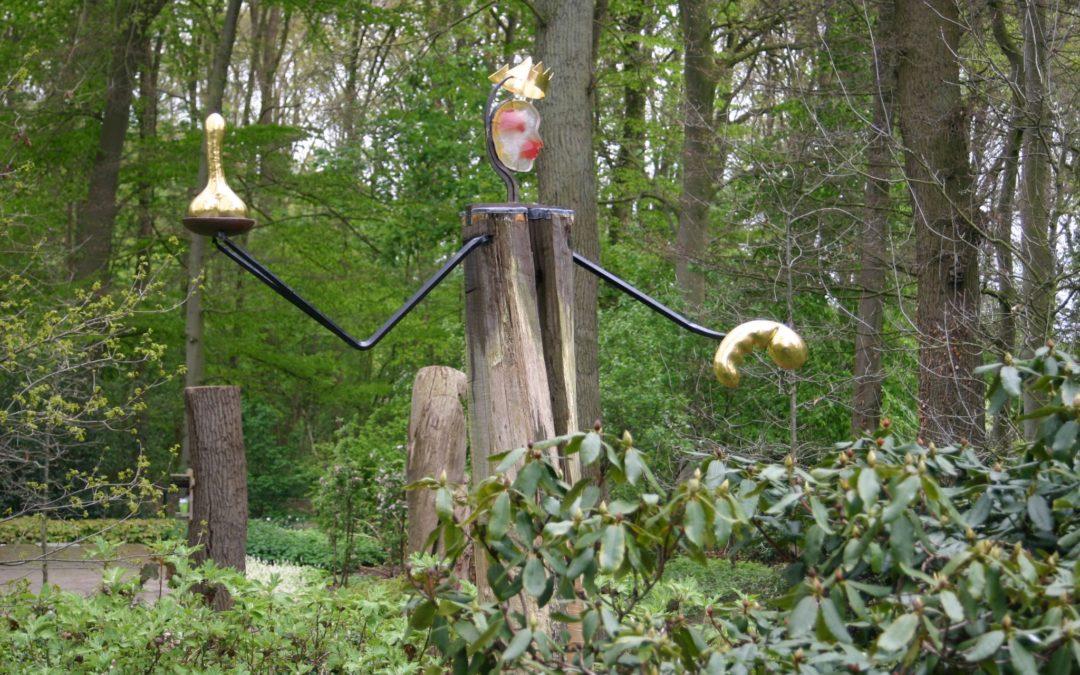 Levendige expositie in tuin Kasteel Groeneveld